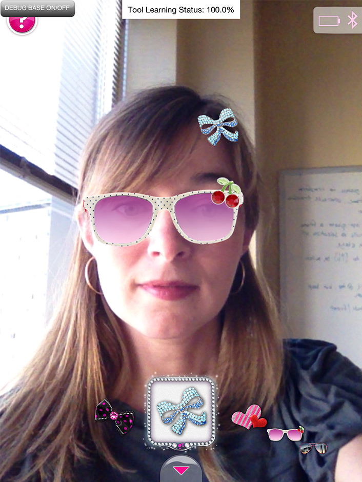 Example of final glasses and hair accessory